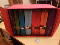 HARRY POTTER DELUXE EDITION BOX SET