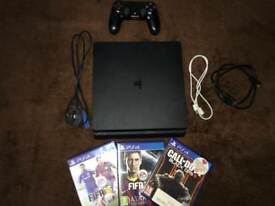 PS4 SLIM WITH 6 GAMES FIFA 18 CONTROLLER