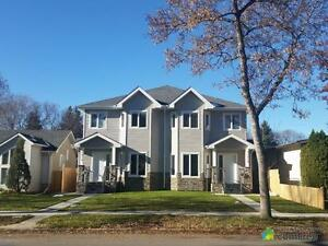 $589,000 - Townhouse for sale in Grovenor