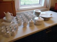 8 piece Porcelain Dinner Set