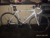 Raleigh Revenio C2 Road Racing Triathlon Bike Cost £750 New Carbon Forks Sora Spec 52cm & Extras