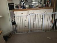 Mike safety gate