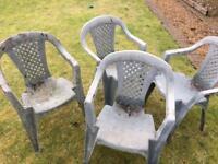 4 plastic garden chairs
