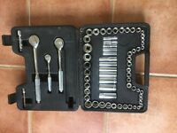 Car tools STANLEY SOCKET SET CASED.IMPERIAL and METRICSIZES .COMPLETE AND IN GOOD CONDITION