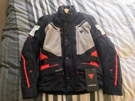 Dainese Carve Master 2 full Gore-tex suit, brand new with tags