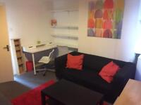 Double room to rent at Angel Islington near Kings Cross area zone 1 available now