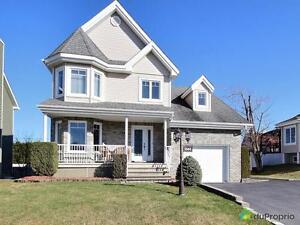 318 500$ - Maison 2 étages à vendre à Sherbrooke (Rock Forest