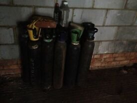 10 gas cylinders for GBP 20