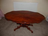 Oval Mahogany Coffe Table