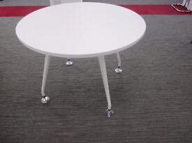 White circular table - brand new