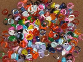 joblot 3660 lucite resin/glass/wooden/aluminium rings