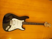 Stratocaster Fender Electric guitar in Black