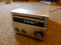 SONY CD DISC PLAYER MD MNI DISC AUX COMPATIBLE HCD-SE1