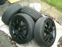 SET 4,STUNNING GENUINE FORD,14 INCH,4 STUD,4 X 108 PCD,BLACK ALLOYS,CENTRES,165/60/14 TYRES