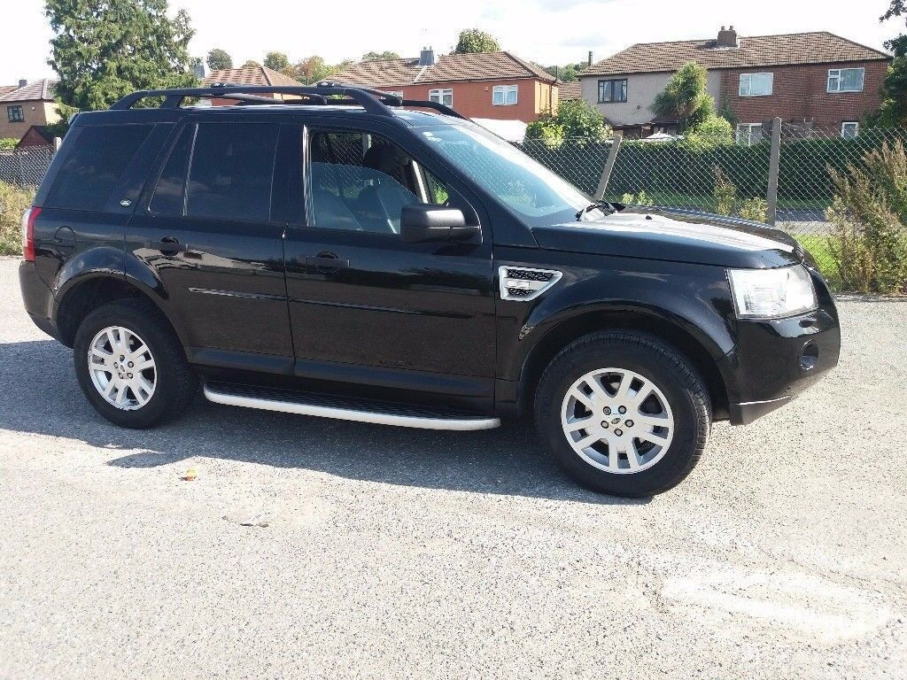 FREELANDER 2.2 XS TD4 E (Black) Excellent Fully Loaded Flawless Vehicle With Service History