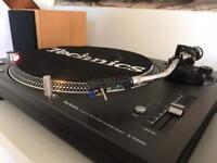Technics 1210M3D turntable
