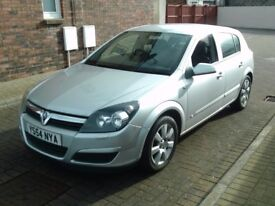 2005 54 VAUXHALL ASTRA 1.6 BREEZE 5 DR ** MOT 23RD APRIL 2018 ** TRADE IN TO CLEAR **
