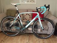 Bianchi Infinito 59cm Campagnolo Record/Chorus Mix with Scirocco Wheels
