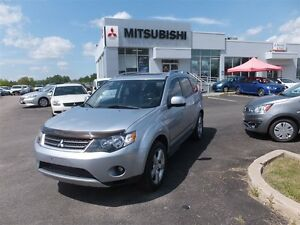 2009 Mitsubishi Outlander XLS-LEATHER ROOF 7 PASS