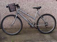 "Bicycle mountain bike 26"" gears shimano, flower basket, light, pump and helmet"