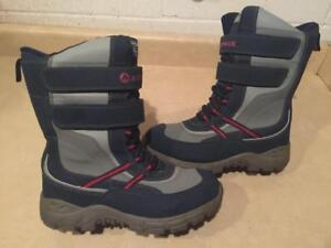Boys Size 6.5 AirWalk ThermoLite Insulation Winter Boots 4a1697d8aa