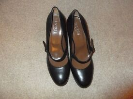 Hobbs leather black mary jane style shoes with wedge heel size 37.5 brand new