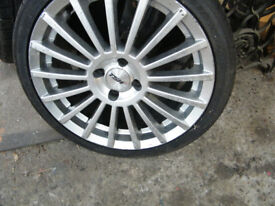 tyre sizes 4 no.x 17 multi spoke alloys & good 205x40 xzr 17 tyres. alloys are 70x100 stud crs.