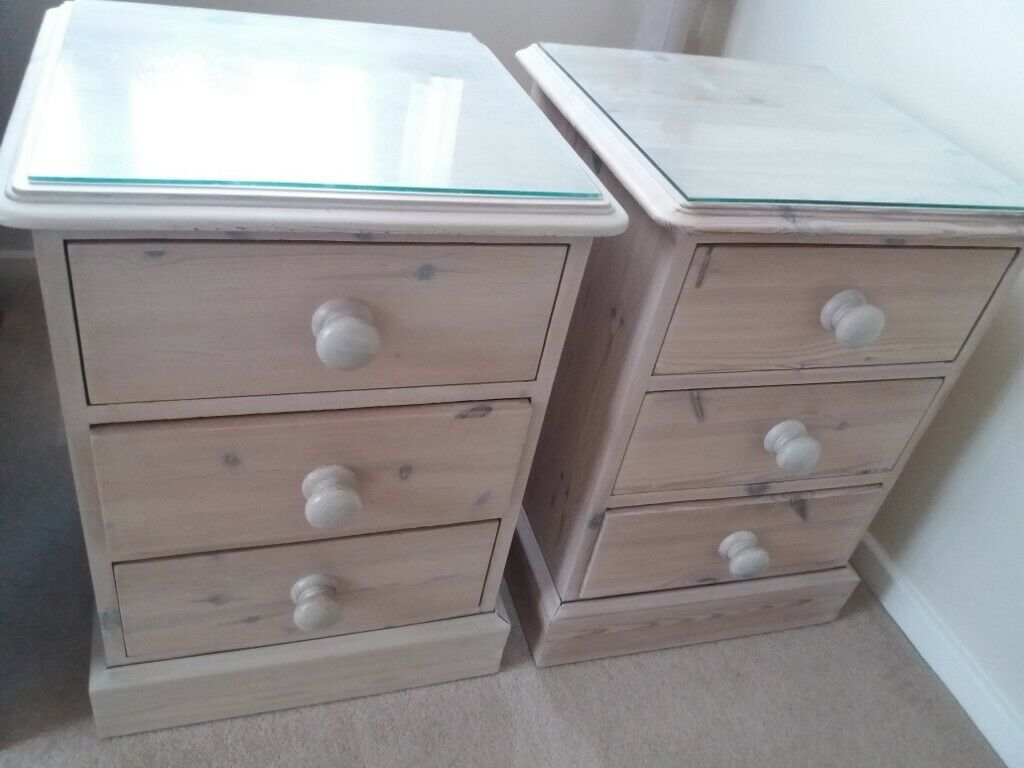 differently a40d5 7d0f4 Bedside Cabinets For Sale | in Manningtree, Essex | Gumtree