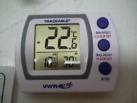 VWR TRACEABLE REFRIGERATOR/FREEZER ALARM THERMOMETER LOL14