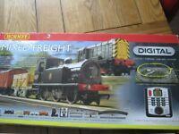 Hornby Mixed Freight Digital Train Set R1126