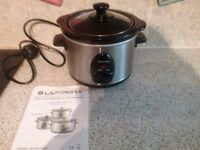 1.5 litre slow cooker like new
