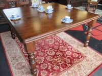 Large dining table (G118)