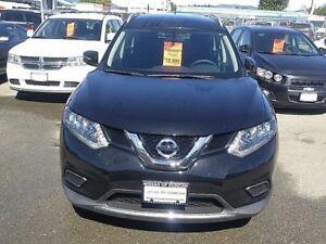 2015 Nissan Rogue -