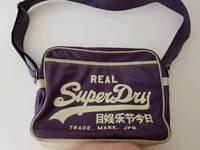 Supedry messenger bag.