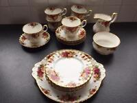 Royal Albert Country Roses Tea Set