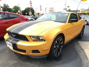 2012 FORD MUSTANG V6- HEATED SEATS, KEYLESS ENTRY, ALLOYS, CRUIS