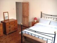 Large double room in friendly prof. house, £500pcm all bills inc.