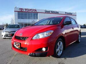 2012 Toyota Matrix 38,000KMS!\Accident Free\1 Owner TOYOTA CERTI