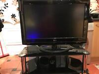 32'' LG TV + CORNER GLASS STAND +LAMP TABLE