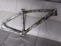 carbon mtb,small with carbon fork,as new,