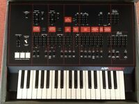 ARP ODYSSEY MK III MODEL 2821 VINTAGE SYNTHESIZER WITH HEAVY DUTY FLIGHT CASE, MANUAL & PATCH BOOK