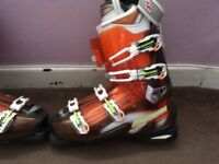 Nordica ski boots immaculate size 29