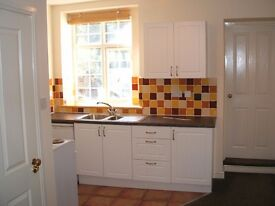 1 Bedroom flat in Crediton - Near Exeter (EX17, Private Let)