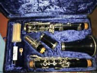 Boosey and hawkes clarinet b flat in excellent condition