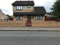 4 bedroom detached house in a great location in chapelhall