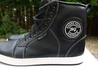Biker Gear Australian leather ankle motorcycle boots Size9