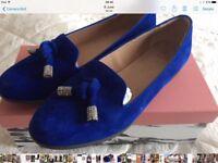 Ladies Moda in pella shoes size 6
