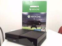 XBOX ONE 1 TB with 5 gaming titles + white lunar controller (Brand New Condition)