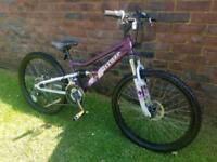 Girls mountain bike 24inch wheels