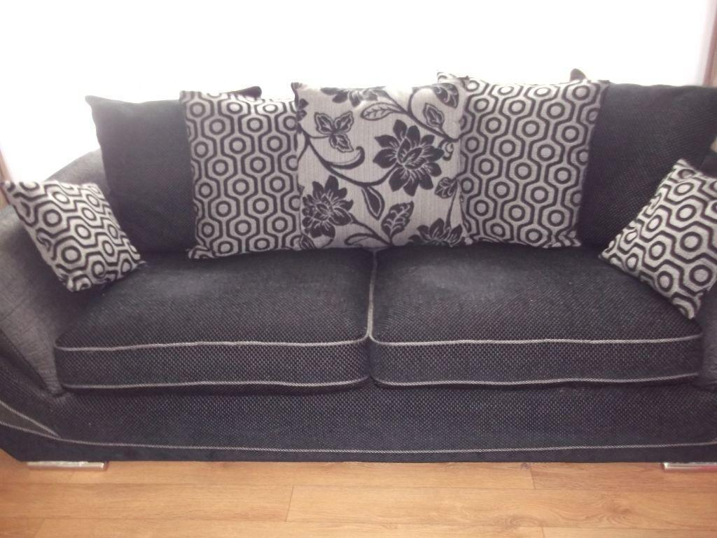 3 seater sofa puffee and odd reclining chair under 12mths  : 86 from www.gumtree.com size 1024 x 768 jpeg 97kB